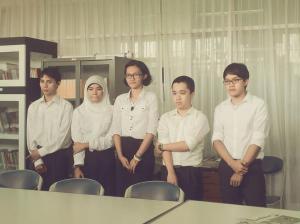 Sidang Andhika Perdana (Aan), ditemani anak Jurnal 2006 dan 2007.*
